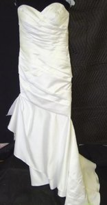 Moonlight Bridal White T482 Traditional Wedding Dress Size 12 (L)
