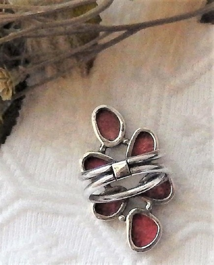 Handmade Unique Sterling Silver and Spiny Oyster Shell Ring Image 7