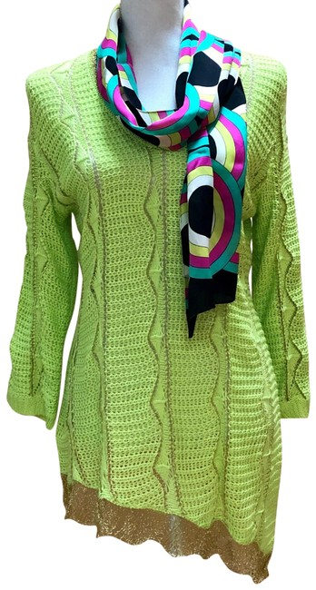 Preload https://img-static.tradesy.com/item/25552993/alberto-makali-crochet-neon-green-sweater-0-3-650-650.jpg