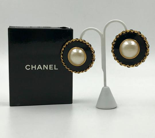 Chanel Authentic Chanel Pearl and Black Resin Clip Earrings Image 1