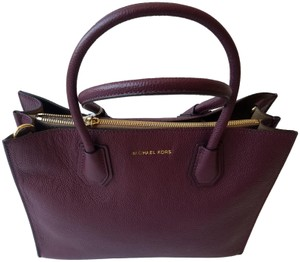 Michael Kors Tote in Plum - item med img