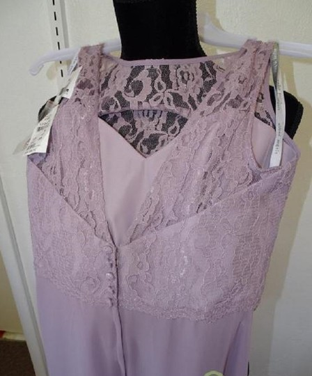 Alfred Angelo Lilac 7407 Traditional Bridesmaid/Mob Dress Size 8 (M) Image 4