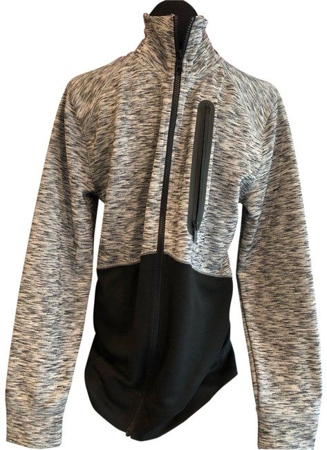 Preload https://img-static.tradesy.com/item/25553308/express-black-and-gray-sweater-sweatshirthoodie-size-8-m-0-1-650-650.jpg