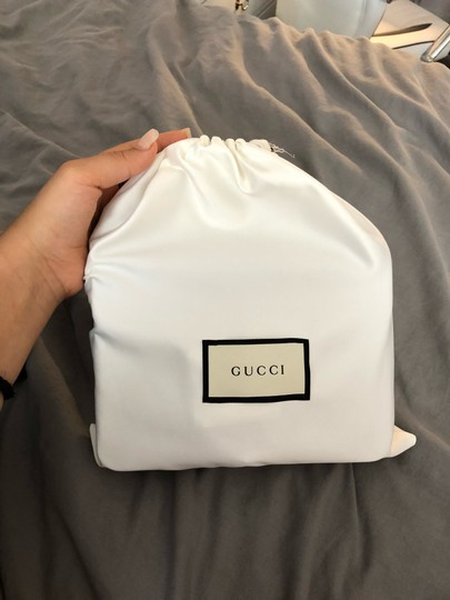 Gucci Shoulder Bag Image 8