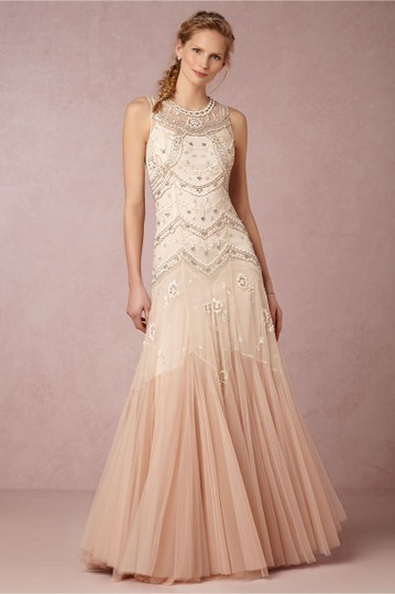 Preload https://img-static.tradesy.com/item/25554413/bhldn-ivory-rose-tulle-cate-feminine-wedding-dress-size-4-s-0-0-540-540.jpg