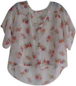 Band of Gypsies Floral Print Allover Sheer Fabric Short Sleeves Crochet Trim Backtail Top Multi-Color