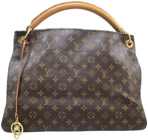734e67e36 Louis Vuitton Bags on Sale - Up to 70% off at Tradesy