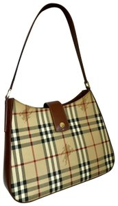 571f1007d3 Brown Burberry Bags - 70% - 90% off at Tradesy