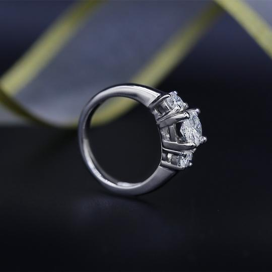 White Perfect Gold Featured with 1.50ct. Tcw Dias Engagement Ring Image 2