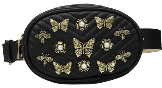 Preload https://img-static.tradesy.com/item/25556652/steve-madden-women-s-pearl-and-studded-belt-black-polyurethane-cross-body-bag-0-1-540-540.jpg