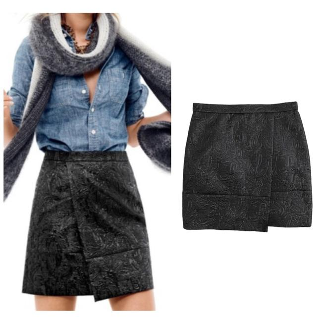 Preload https://img-static.tradesy.com/item/25556739/jcrew-black-origami-in-metallic-matelasse-skirt-size-0-xs-25-0-0-650-650.jpg