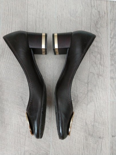 Tory Burch Amy Brown Pumps Image 2