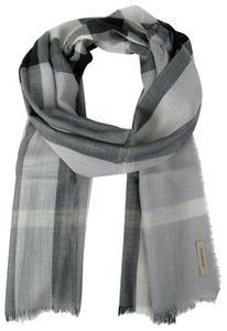 Burberry Burberry Pale Gray Wool Silk Checkered Scarf 39313231