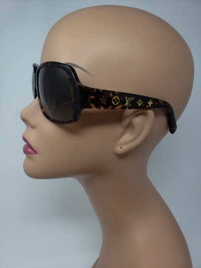 Louis Vuitton Brown tortoiseshell resin Louis Vuitton Obsession Carré sunglasses Image 4