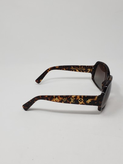 Louis Vuitton Brown tortoiseshell resin Louis Vuitton Obsession Carré sunglasses Image 5