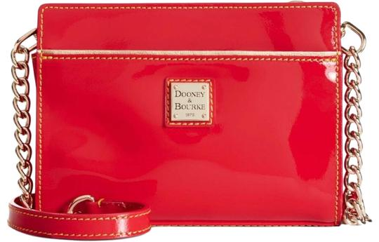 Preload https://img-static.tradesy.com/item/25556948/dooney-and-bourke-and-red-patent-leather-cross-body-bag-0-1-540-540.jpg