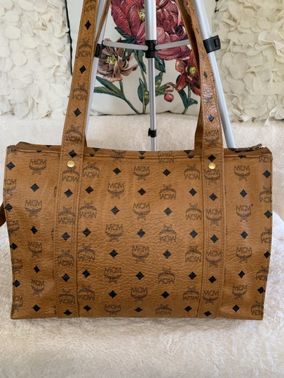 MCM Vintage Large Shopping Fashionable Tote in Tan Image 1