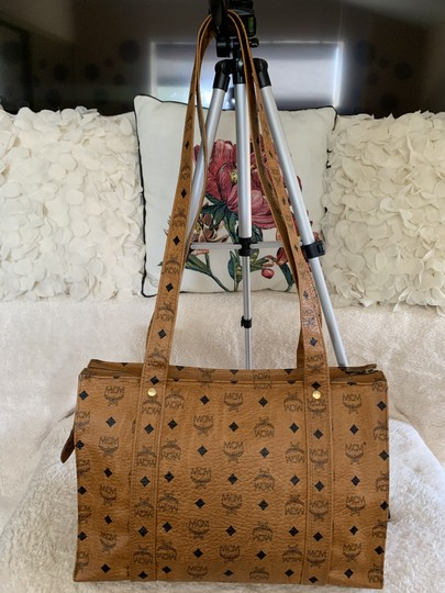 MCM Vintage Large Shopping Fashionable Tote in Tan Image 3