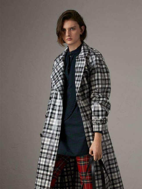 Burberry Women's Black/White Plaid Patent Trench Coat Image 2