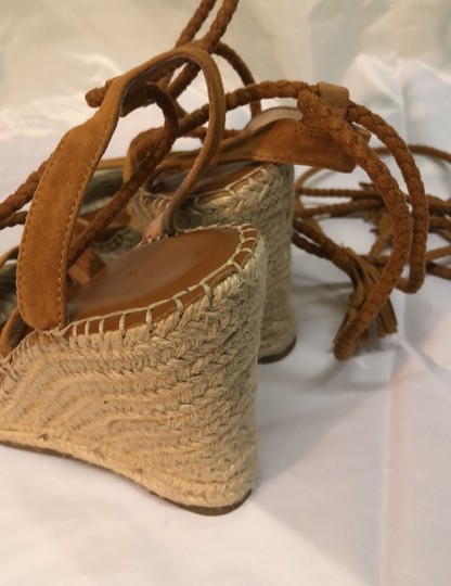 Joie Wedges Image 2