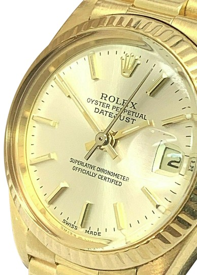 Preload https://img-static.tradesy.com/item/25558386/rolex-yellow-gold-1979-6917-ladies-18k-president-oyster-datejust-watch-0-1-540-540.jpg