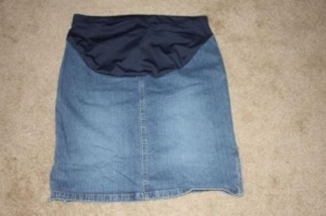Preload https://item5.tradesy.com/images/old-navy-jean-skirt-maternity-size-6-s-28-25559-0-0.jpg?width=400&height=650