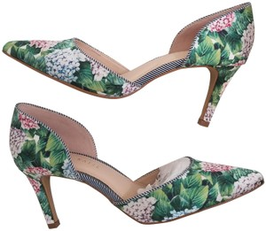 22477e13b3aa Kelly & Katie Floral multi Pumps