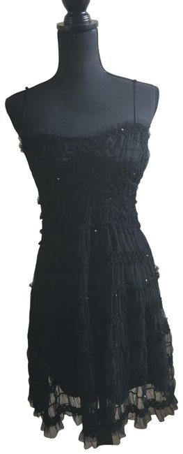 Item - Black With Sequins & Tulle Mid-length Cocktail Dress Size 8 (M)