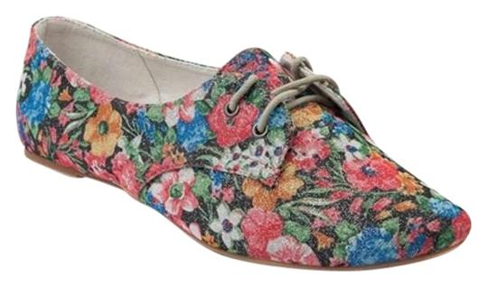 Preload https://item5.tradesy.com/images/not-rated-floral-flats-size-us-6-255644-0-0.jpg?width=440&height=440