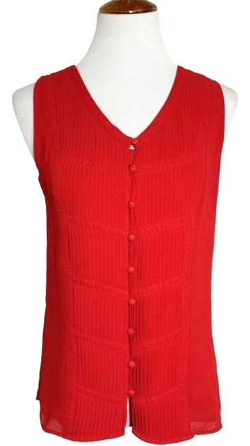 Item - Red Pintuck Pleated Sleeveless Blouse Size 4 (S)
