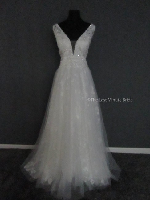 Item - Ivory/Nude/Silver Lace 9561 Feminine Wedding Dress Size 18 (XL, Plus 0x)