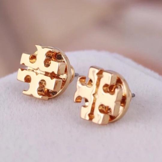 Tory Burch TORY BURCH * Logo Earrings * Gold Image 3