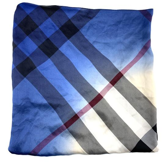 Burberry Check pattern Square scarf 100% silk Image 2