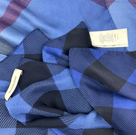 Burberry Check pattern Square scarf 100% silk Image 6