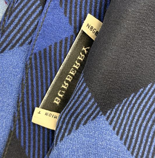 Burberry Check pattern Square scarf 100% silk Image 7