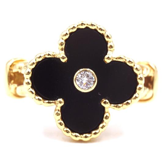 Preload https://img-static.tradesy.com/item/25567985/van-cleef-and-arpels-30772-yellow-gold-18k-750-with-1p-diamond-rare-black-onyx-stone-vintage-alhambr-0-0-540-540.jpg