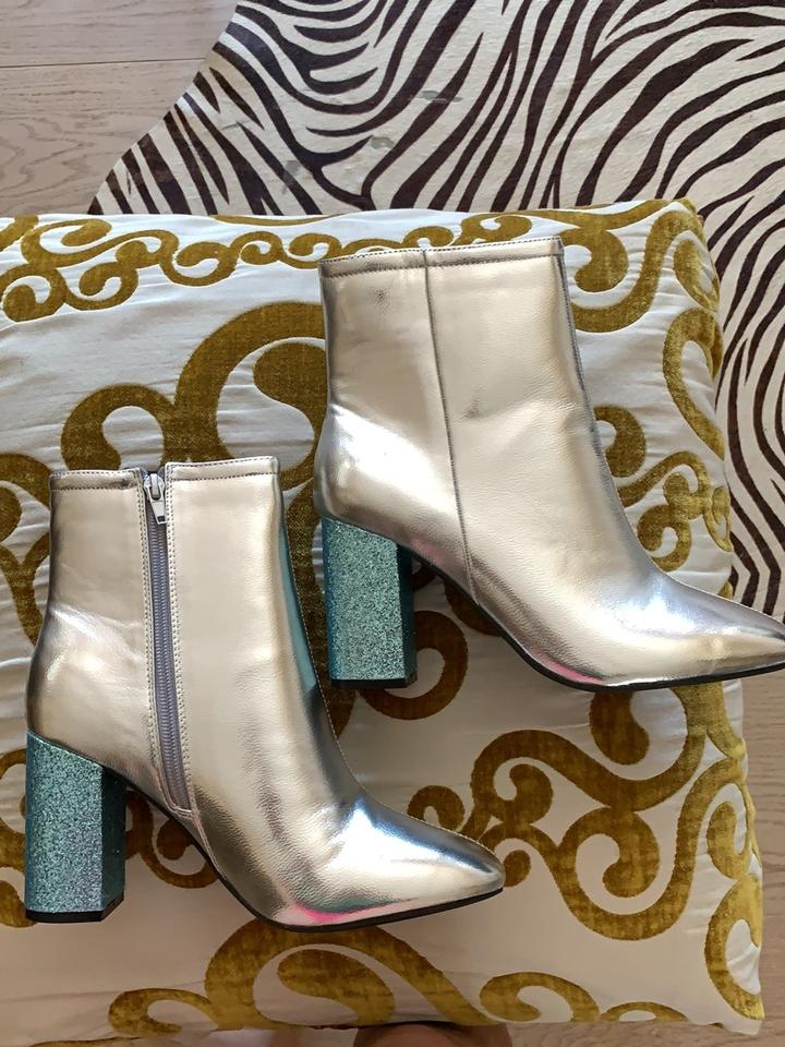 258b0f8044d3 Urban Outfitters Silver and Blue Patent Leather Boots/Booties Size ...