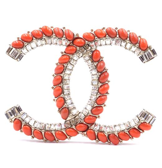 Preload https://img-static.tradesy.com/item/25568600/chanel-30770-extremely-rare-xxxl-huge-jumbo-oversize-oversized-crystals-orange-cc-gripoix-baguette-g-0-1-540-540.jpg