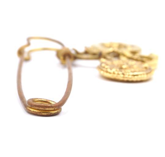 Chanel RARE CC Hammered Charms Gold Pin Brooch Image 4