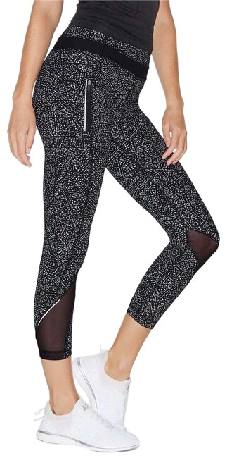 """Item - Night View Black & White Inspire Ii (25"""") Activewear Bottoms Size 2 (XS, 26)"""