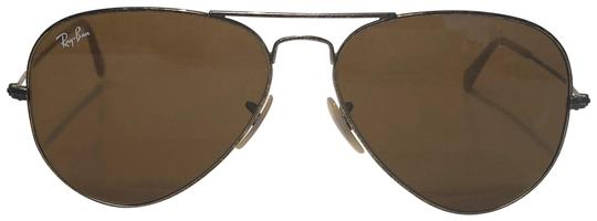 Preload https://img-static.tradesy.com/item/25569782/ray-ban-gold-vintage-manufacture-distressed-aviator-rb-3025-free-3-day-shipping-sunglasses-0-1-540-540.jpg