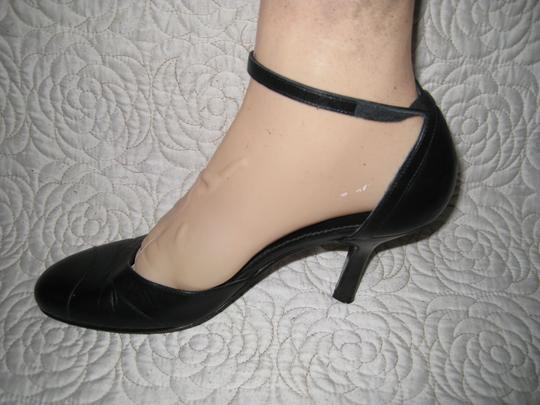 Coach Black and Navy Blue Pumps Image 10