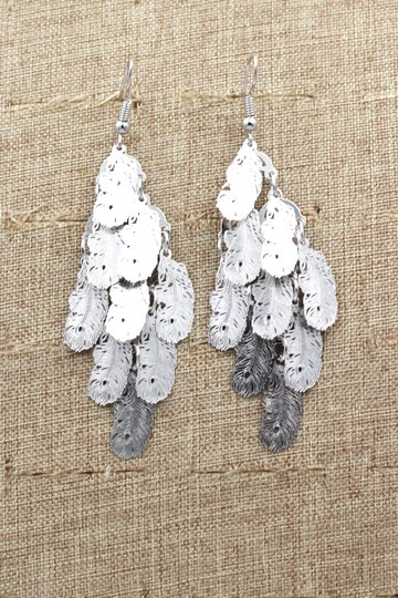 Ocean Fashion silver Long small feather earrings Image 4