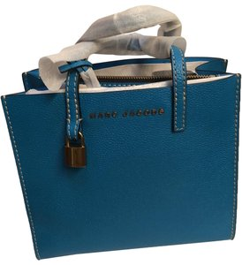 Marc Jacobs Mini Grind Pebbled Leather Crossbody Tote in Blue Nile