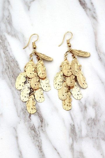 Ocean Fashion Gold long small feather earrings Image 2