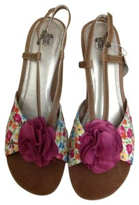 Route 66 Floral Wedges