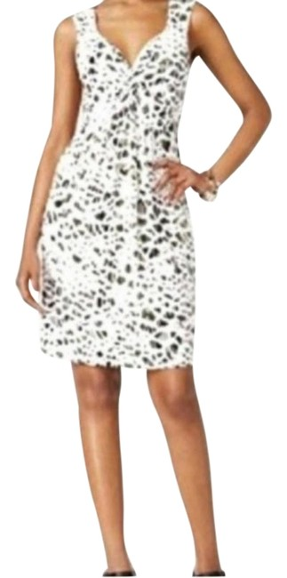 Preload https://img-static.tradesy.com/item/25570275/style-and-co-cream-twist-animal-print-front-empire-mid-length-workoffice-dress-size-petite-8-m-0-1-650-650.jpg