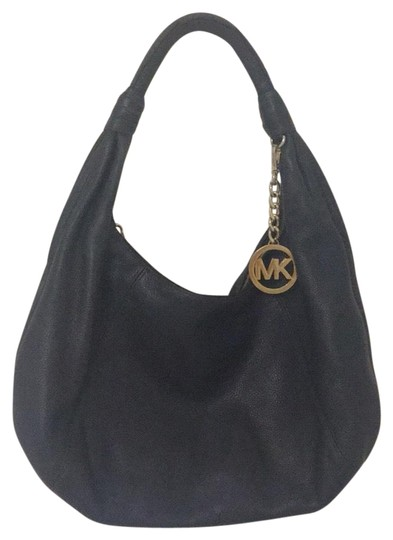 Preload https://img-static.tradesy.com/item/25570302/michael-kors-dark-blue-leather-hobo-bag-0-1-540-540.jpg