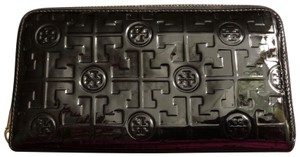Tory Burch Embossed Lux Patent Leather Continental Wallet