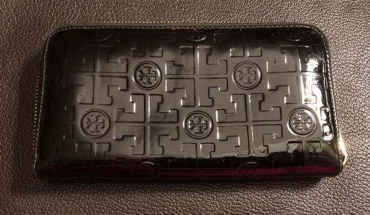 Tory Burch Embossed Lux Patent Leather Continental Wallet Image 1